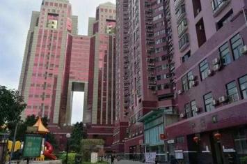 深圳中银大厦为什么是红色,揭秘99年21楼闹鬼灵异事件真相