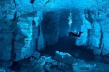 死亡率最高的极限洞穴潜水,美国洞穴一年死25人