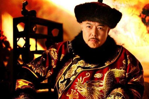 清朝大贪官和珅有钱到什么地步?随手拿出一些可以组建一支军队!