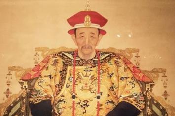 康熙雍正乾隆,作为皇帝谁的功绩更大?