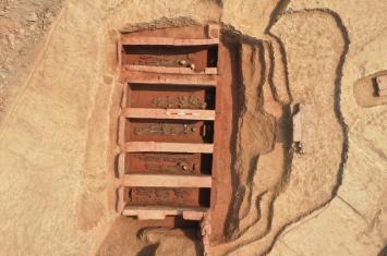 四川彭山发现一古墓群