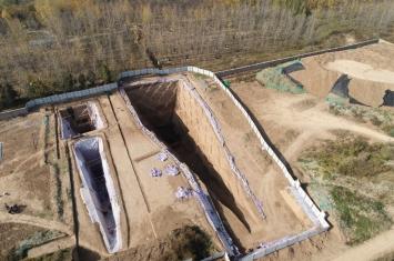 西安白鹿原发现西汉早期大型墓葬