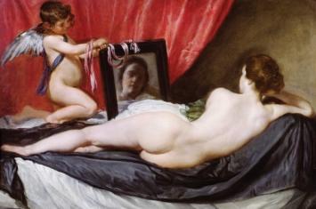《镜前的维纳斯》被列为禁画的原因