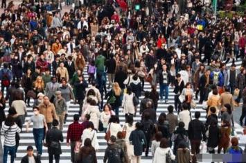 世界人口接近76亿人,地球能容纳多少人还能撑多久?