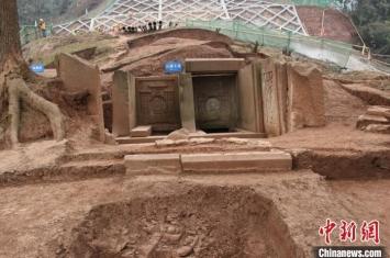 """重庆:明代中期品官墓葬""""刘春墓""""考古取得重要收获"""
