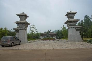 河南永城芒砀山斩蛇碑传说