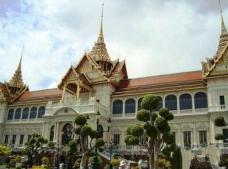 泰国曼谷皇宫酒店闹鬼,妓女惨死变成冤魂不肯离去(吓坏旅客)