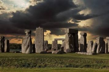 伦敦大学学院专家揭开巨石阵谜团之一