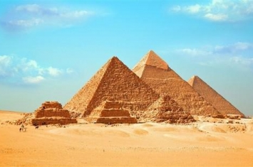 揭秘金字塔的建造方法