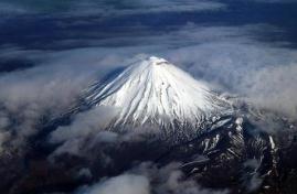 世界上最美的山,新西兰瑙鲁赫伊山犹如魔戒中的末日火山