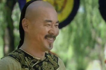 古代皇帝是怎么剃头的?谁敢在皇帝的头上动刀子?
