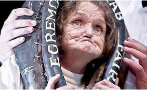 世界上最丑陋的女人,安妮·伍兹获吉尼斯纪录认证