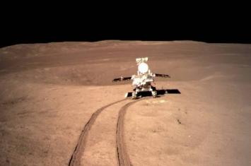 中国月球车玉兔二号巡视器第4度自主唤醒 续探测月球背部