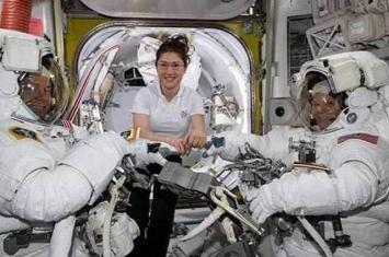 太空衣不合身 NASA取消国际空间站首次全女班宇航员太空漫步