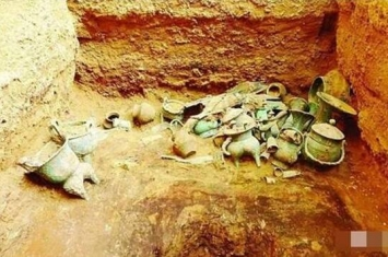 盗墓严重抢救性发掘 山西省挖出商代晚期大型贵族墓群