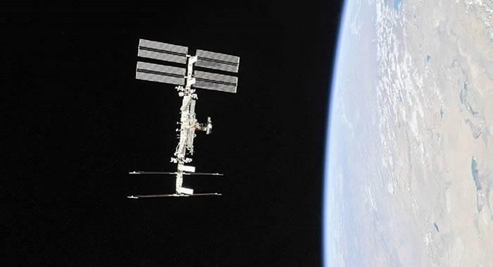 """""""联盟MS-12""""号飞船与国际空间站成功对接"""
