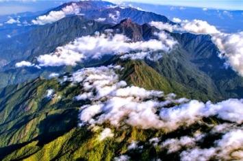 高黎贡山海拔多少米高