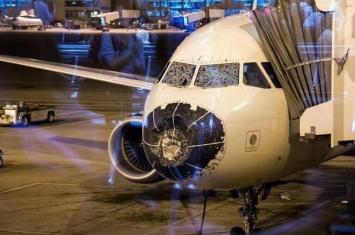 """美国达美航空A320客机空中遇冰雹机头全毁 """"摸黑盲降""""丹佛机场"""