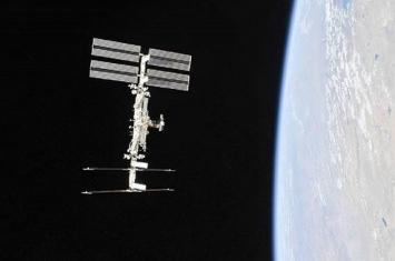 """国际空间站第一个太空舱""""曙光号""""功能货舱的使用期限被延长到2028年"""