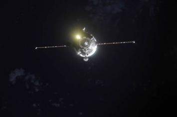 采用3小时超高速模式前往国际空间站的载人飞行将于1年半后开始