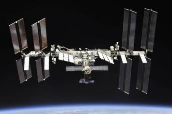 """国际空间站明年5月开始筹备接装新的俄罗斯太空舱""""科学""""号"""