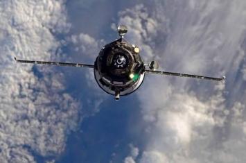 """俄罗斯""""进步MS-11""""货运飞船将于2019年3月绕地球运行2圈后以超快速对接国际空间站"""
