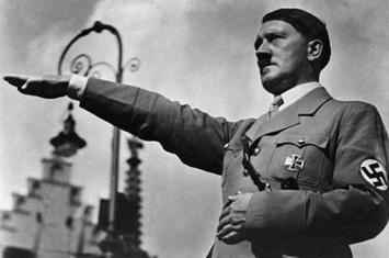 希特勒自杀后他的尸体去了哪里?战胜国是如何处理希特勒的尸体的?