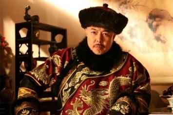 古代皇帝微服出巡,遇到不认识自己的官员怎么办?