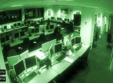 办公室灵异事件视频,深夜无人椅子却凭空移动(疑似闹鬼)