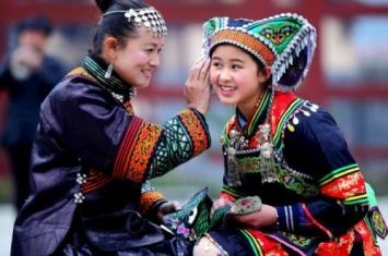 布依族的文化是什么样的