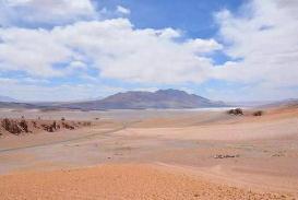 世界上降水最少的陆地,曾连续91年一滴雨没下/年平均降水量0.1毫米