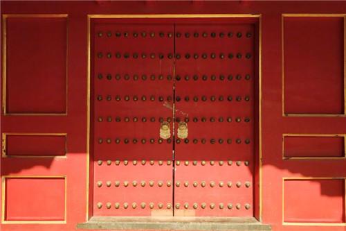 故宫的门钉之谜