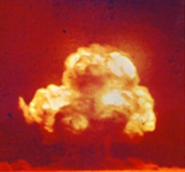 七项与美国中央情报局有关的军事秘密