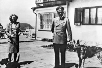 英国作家在新书中爆料:希特勒活到73岁