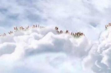 天空惊现天兵天将,众神阵势庞大好似大闹天宫(视频)