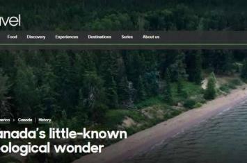 加拿大蜡烛湖公园神秘湖泊现紫色海滩 或为古老的特殊矿物沉积
