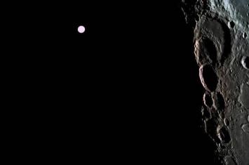 俄科学家建议钻探月球确定从地球仅可见月球一面的时期