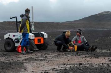 NASA派员到冰岛熔岩地貌做实验 改良新火星探测器