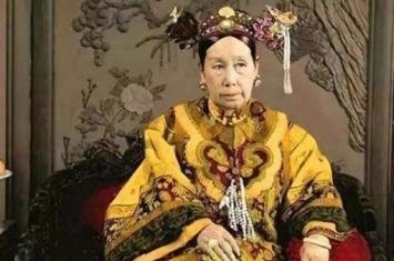 圣母皇太后与母后皇太后有着什么区别?圣母皇太后?