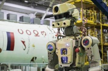 """俄罗斯首款机器人航天员""""费多尔""""可能再次前往国际空间站 2021年前首次进入外太空"""