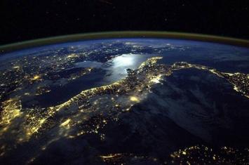 俄罗斯国家航天集团计划在地球静止轨道上部署地球遥感雷达卫星星座
