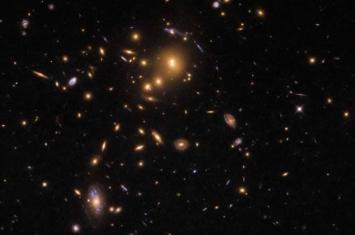引力透镜效应为宇宙膨胀提供一种新型检测